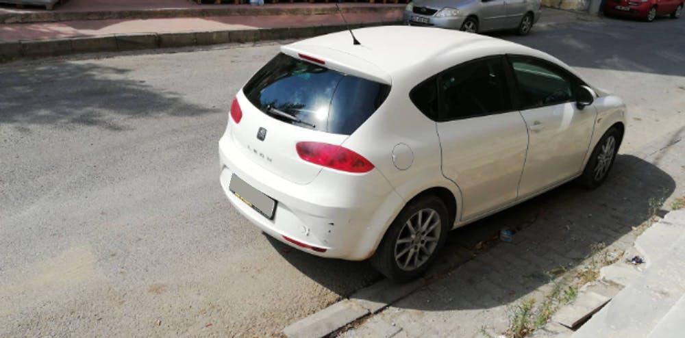 SEAT Leon 2011 Model Dizel Manuel Vites Kiralik Araç - D8D4