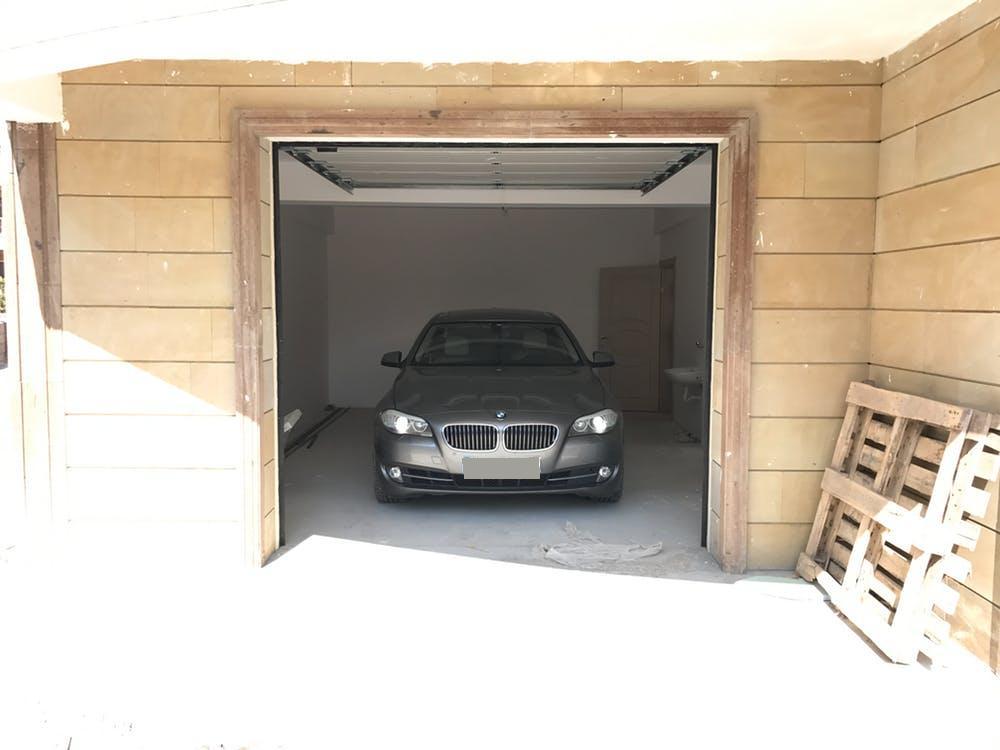 BMW 5 Serisi 2013 Model Benzin Otomatik Vites Kiralik Araç - 1650