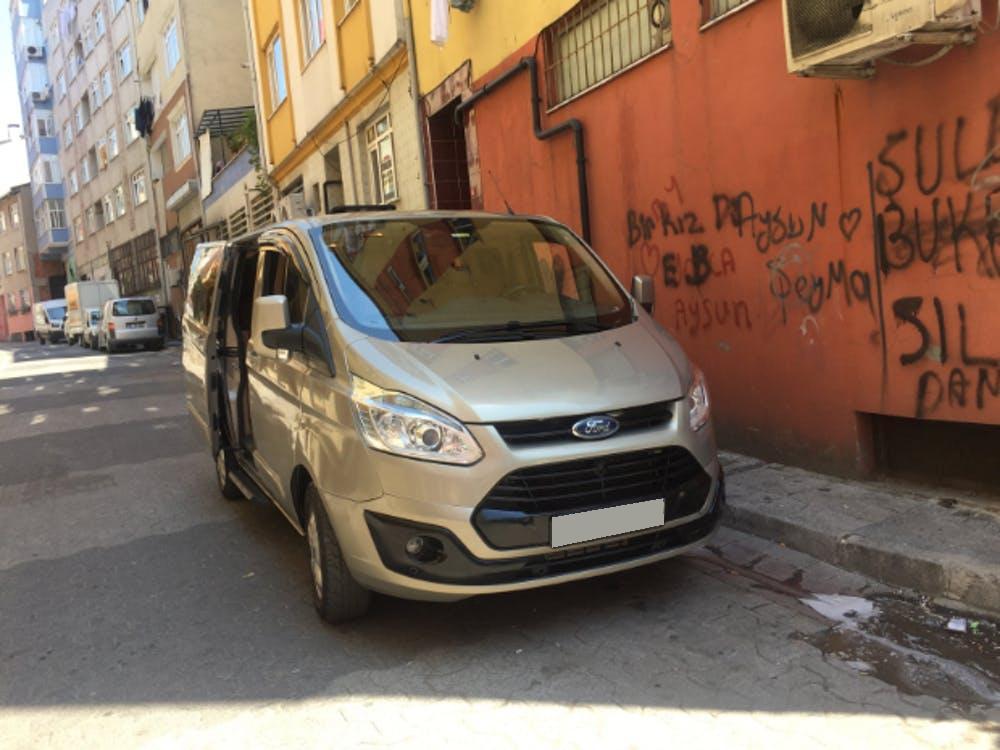 FORD Tourneo Custom 2016 Model Dizel Manuel Vites Kiralik Araç - 300E
