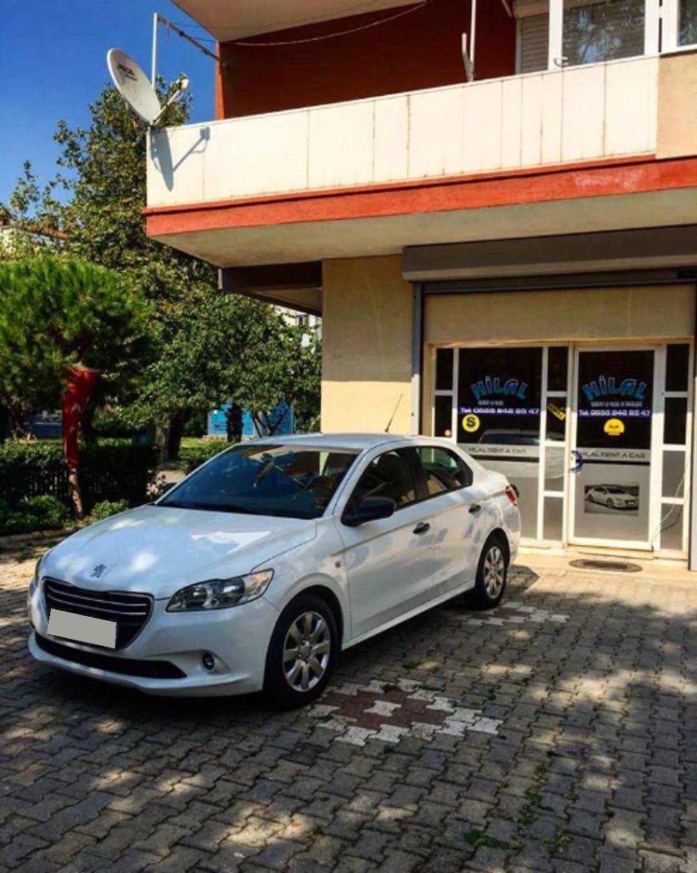 PEUGEOT 301 2013 Model Dizel Manuel Vites Kiralik Araç - CC81