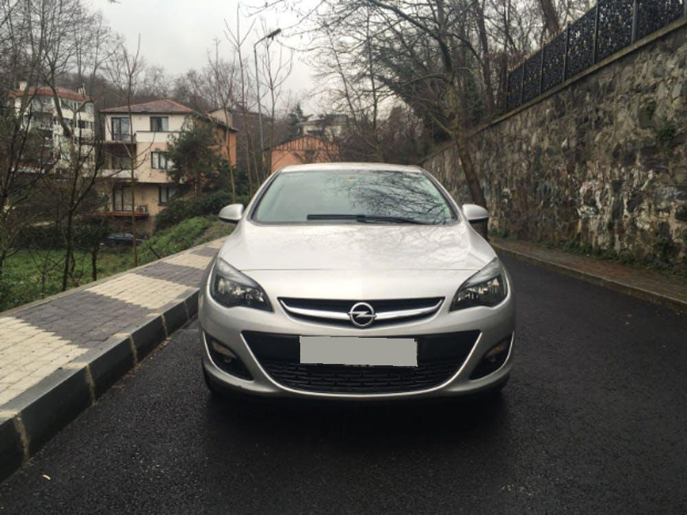 OPEL Astra 2016 Model Dizel Otomatik Vites Kiralik Araç - 1711