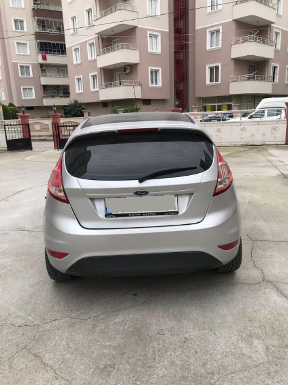 FORD Fiesta 2013 Model Dizel Manuel Vites Kiralik Araç - 289D