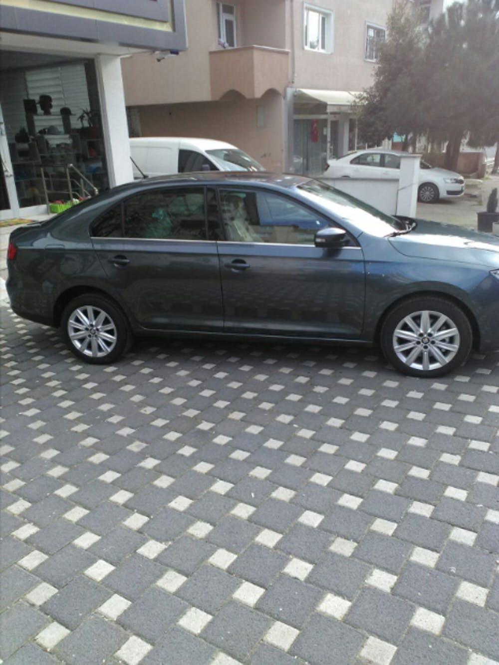 SEAT Toledo 2017 Model Benzin Otomatik Vites Kiralik Araç - 1711