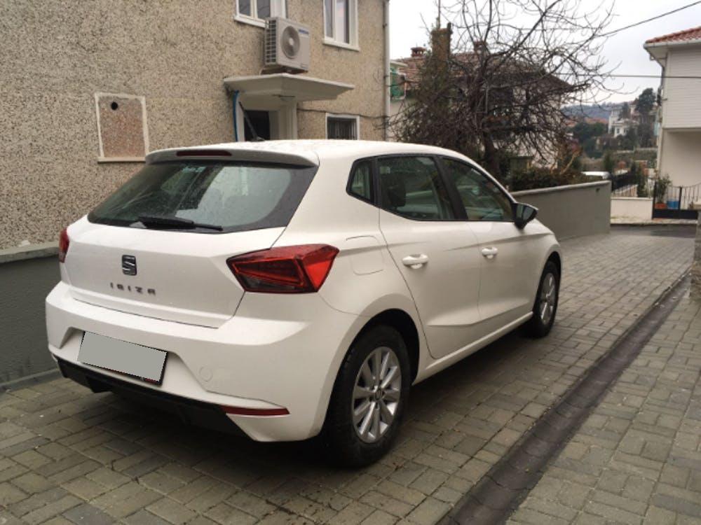 SEAT Ibiza 2017 Model Benzin Manuel Vites Kiralik Araç - 1711
